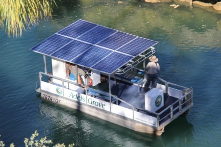Lawn Hill Gorge tourism operator introduces solar powered boat
