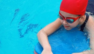 Youngsters flock to AquaPulse swimming lessons