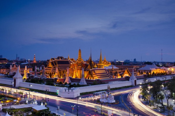 Thailand looks to slow and safe border reopening to international visitors