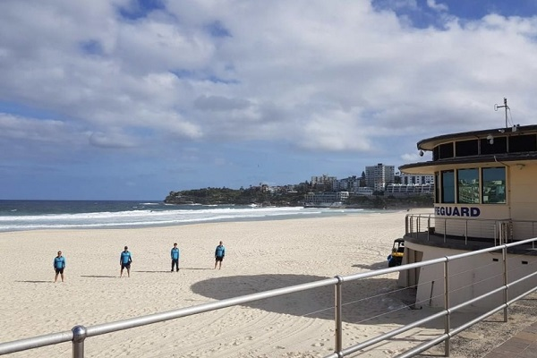 Landmark Sydney beaches closed as social distancing regulations enforced