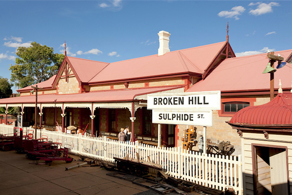 Broken Hill tourism industry determined to recover