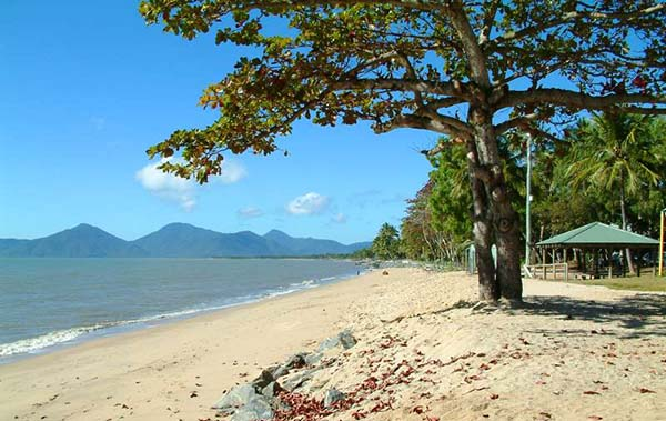 Cairns Regional Council seeks funding to address beach erosion
