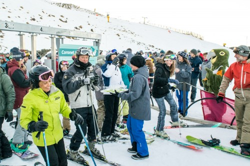 Thousands turn out for Coronet Peak and Mt Hutt season openings