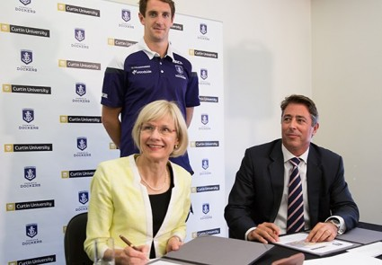 Fremantle Dockers and Curtin University announce education and research alliance