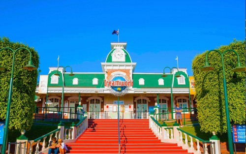 Ardent Leisure in turmoil after Dreamworld ride tragedy