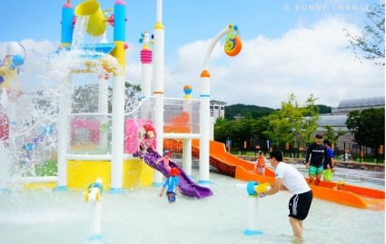Seoul Hilton offers wettest show on earth