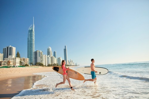 Queensland Government announces new partnership to boost surfing