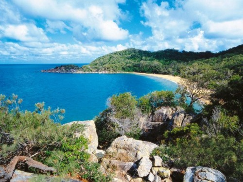 New plan to support nature-based tourism in Hinchinbrook Island National Park