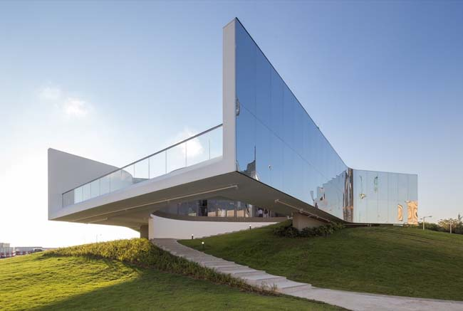 M+ Pavilion opening marks the first permanent art venue in the West Kowloon Cultural District