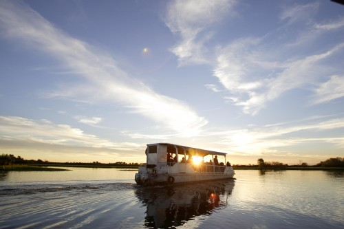 Major parties make funding commitments to revive Kakadu's tourism industry