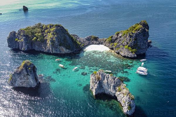 Thailand's Pimalai Resort and Spa offers eco-sensitive excursions to Mu Ko Lanta National Park