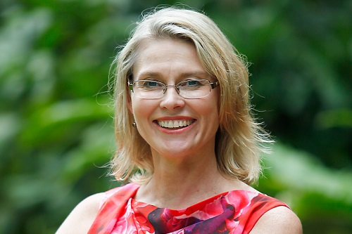 Cairns Communications consultant Liz Inglis wins Australasian Leisure Management media executive award