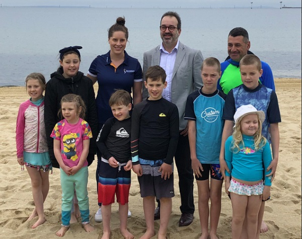 Minister backs VICSWIM Summer Kidz Program launch