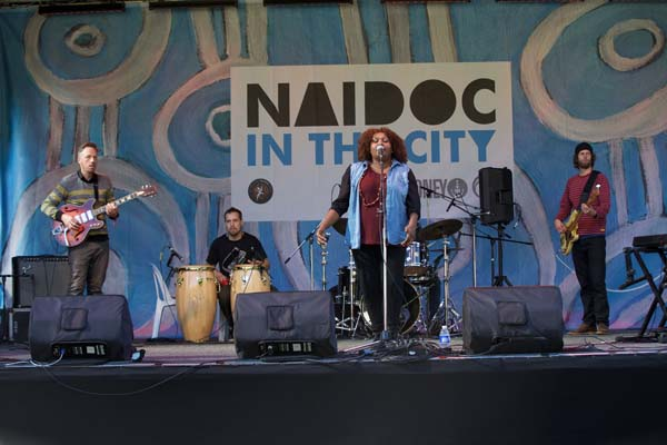 Thousands celebrate NAIDOC in the centre of Sydney