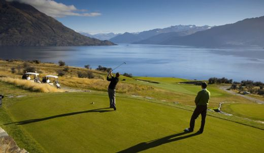 Case studies help New Zealand Golf create a greater community