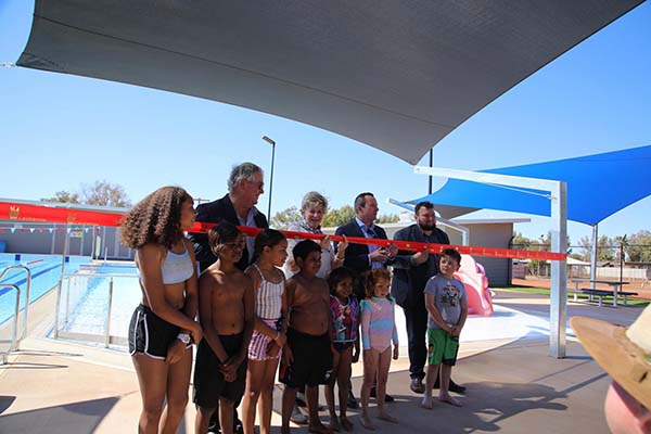 New Laverton Aquatic Centre opens in Western Australia