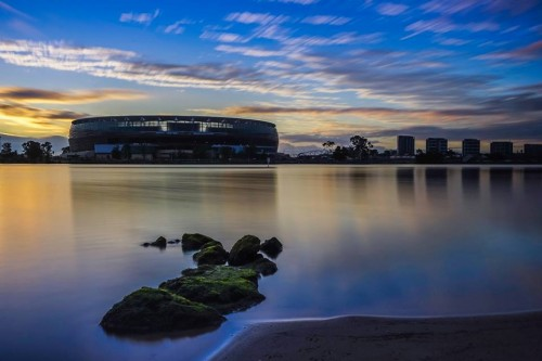 New Perth Stadium approaches completion