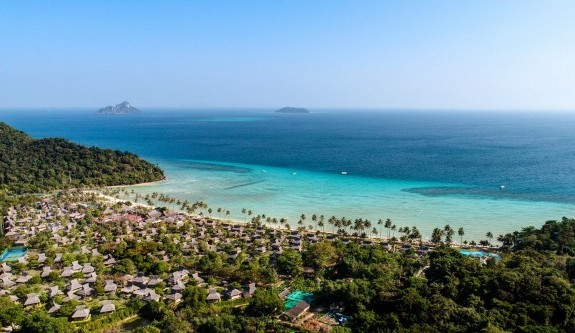 Phi Phi Island Village Beach Resort opens Marine Discover Centre