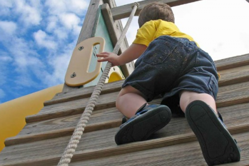 Risky outdoor play positively impacts children's health
