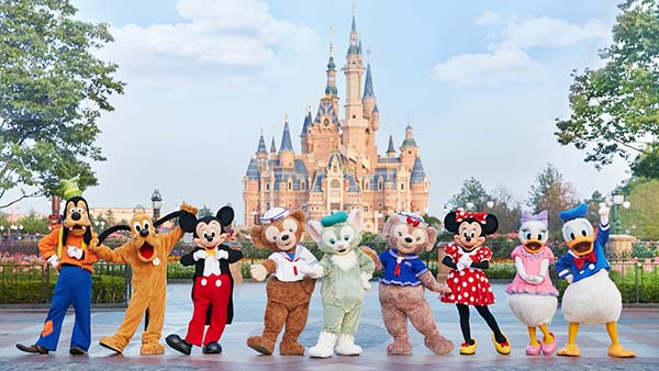 Coronavirus fears sees closure of Hong Kong and Shanghai Disney resorts