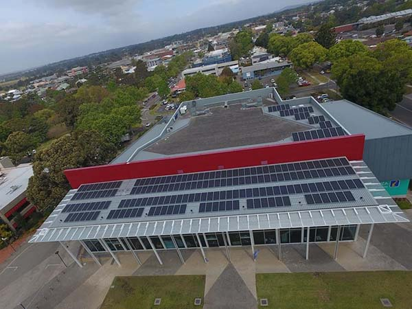200 solar panels installed on Shoalhaven Entertainment Centre rooftop