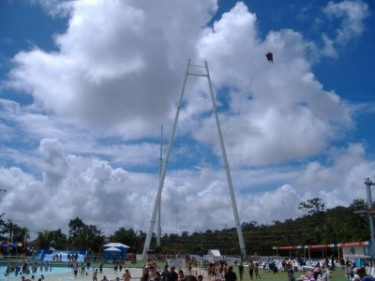 Skycoaster Takes Off at Wet'n'Wild!
