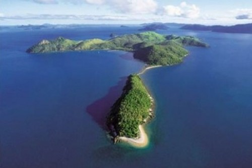 Chinese investors snap up Whitsunday island for $25 million