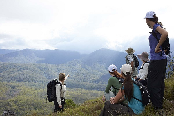 Queensland Government approves Scenic Rim walking trail venture