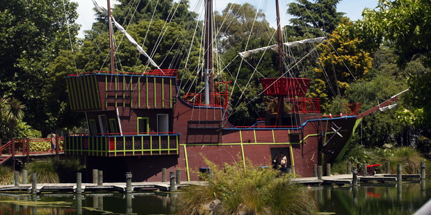 Fire damaged Splash Planet Pirate Ship to be replaced