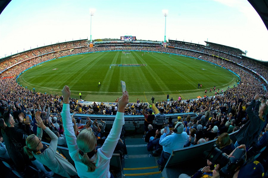 AFL fans bid farewell to Perth's Subiaco Oval