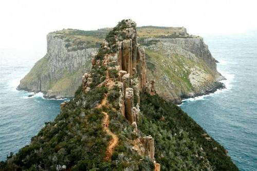 New lodges to be built on Tasmania's Three Capes Track