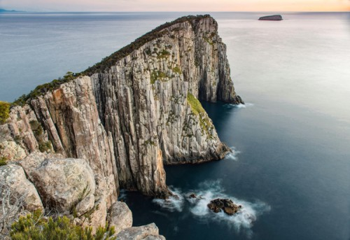 Bushwalkers to pay $495 to explore Three Capes Track on Tasman Peninsula