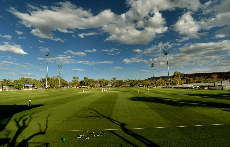 Big Bash League fixture moved from Alice Springs after playing surface deemed unfit