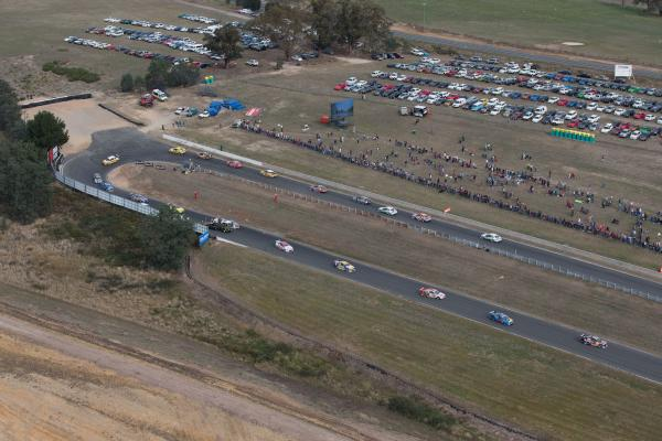 Symmons Plains V8 racing secured for five more years