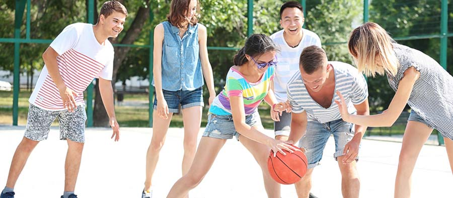 New VicHealth program aims to get inactive teenagers away from their screens