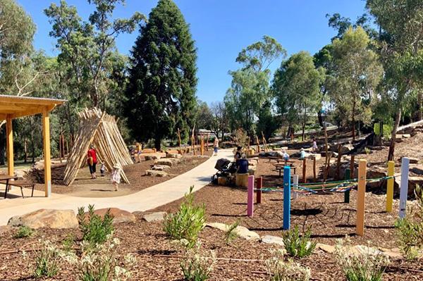Wagga Wagga Entwine Project - City Of Wagga Wagga Botanic Gardens