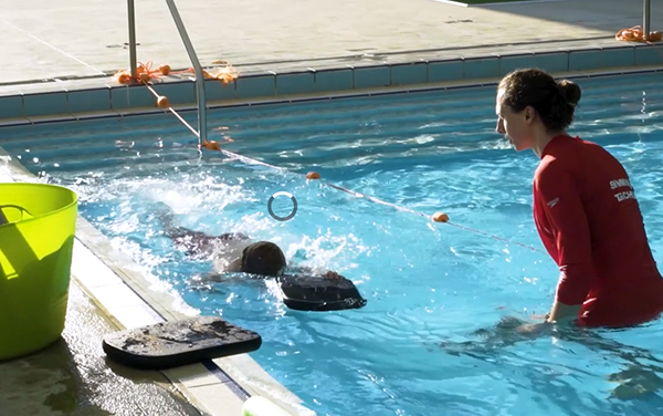 Royal Life Saving concerned over significant fall in swimming lesson enrolments