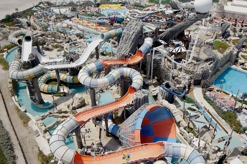 Yas Waterworld Abu Dhabi named Middle East's leading attraction at the 2013 at World Travel Awards